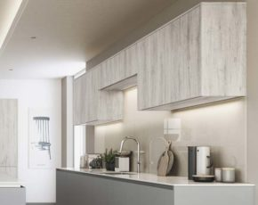 Multiple wall unit heights allow for flexible storage.
