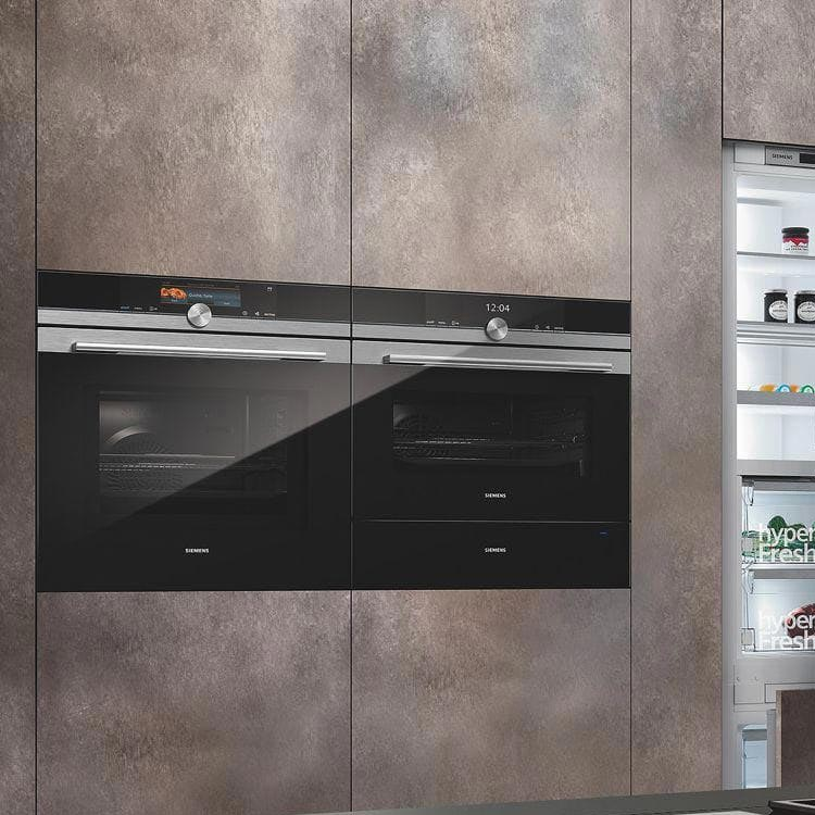 Discover Siemens studioLine Single Ovens at Counter Interiors 5* IQ Design Studio, York